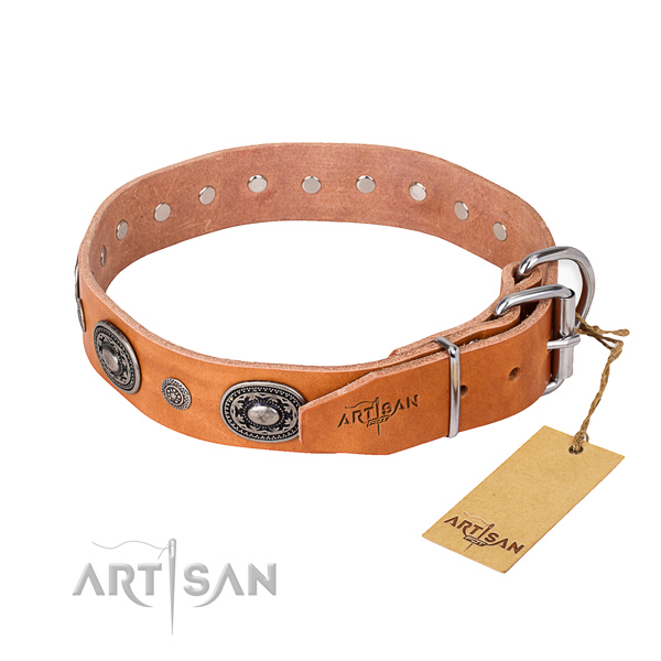 Top notch genuine leather dog collar crafted for comfy wearing